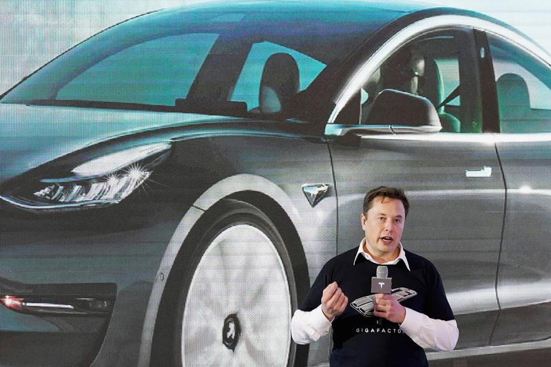 Tesla Musk calls for environment-friendly switch to 'battery over combustion'