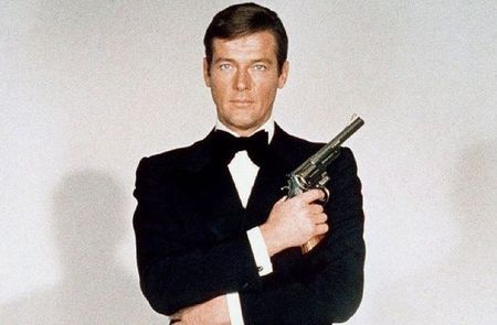 sir-roger-moore-james-bond-today-in-history