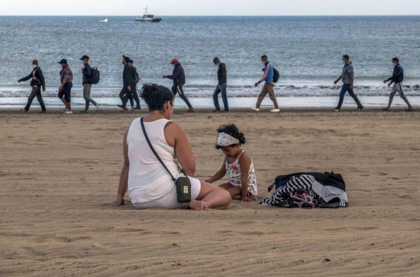 Canary Islands: Tourism flatlines as refugees call volcanic isles new home