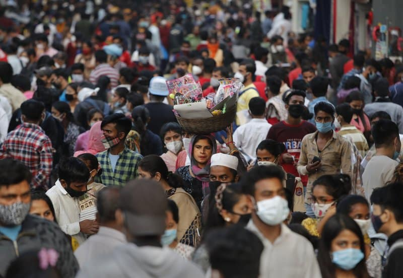 Indian capital sees virus spike, hospital beds overflow post-festivities