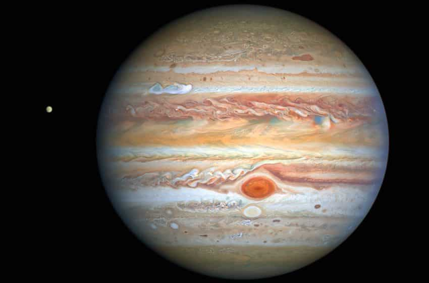 The planet Jupiter will be bigger and brighter on August 20, 2021