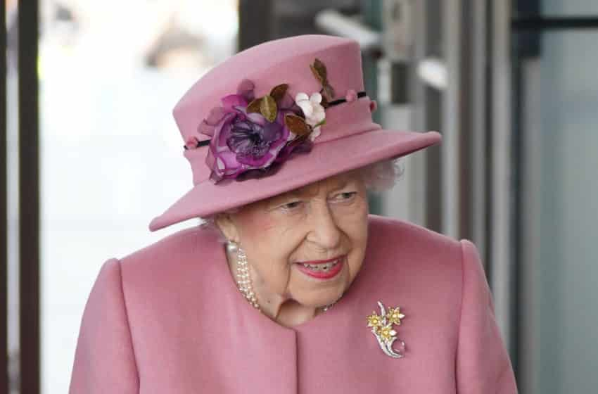 Queen Elizabeth declines the award titled Oldie of the Year
